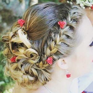 coiffure chignon mariée boucles et tresses